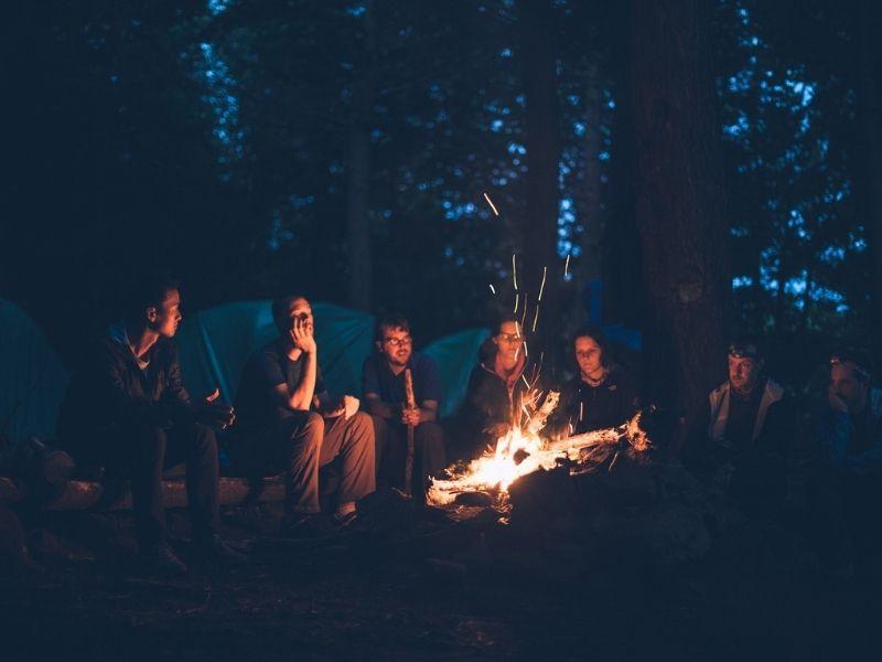 Cohésion autour du feu